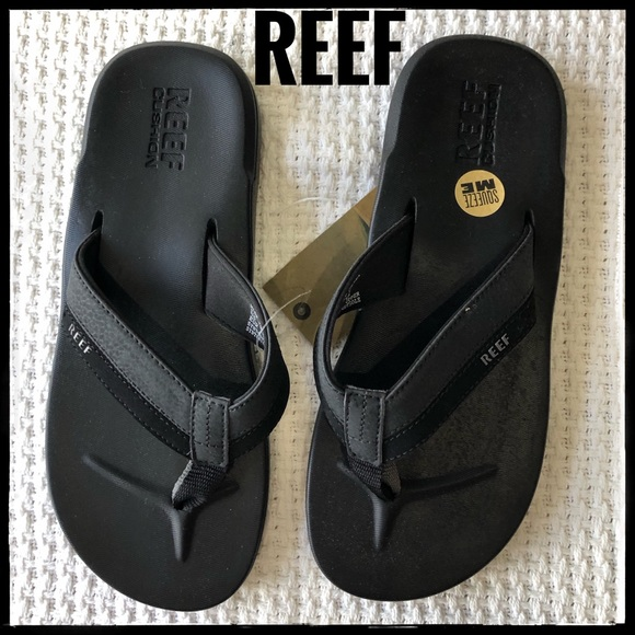 43dc52cfe NWT REEF Cushion Men s Sandals Size 7
